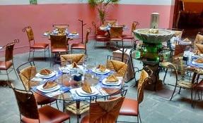 Casa de los Muñecos Restaurant