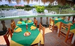 Tinos La Laguna Restaurant