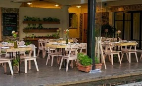 La Veladora Restaurant