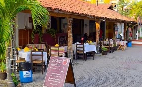 Bésame Mucho Restaurant