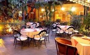 La India Bonita Restaurant
