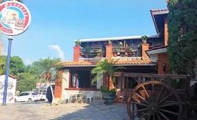 Carretas Restaurant