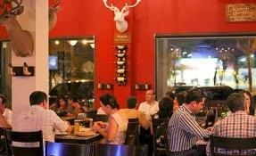 Mochomos Restaurant