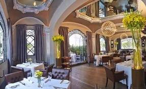 Mora Blanca Restaurant