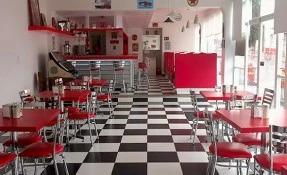 Aquellos Tiempos Café Restaurant