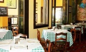 Crepas y Carnes los 30s Restaurant