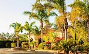 Jardínes Baja Restaurant