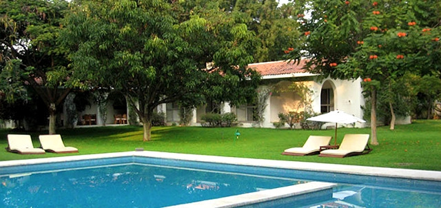 Hotel villa iyautli yautepec for Villas jazmin 2 yautepec