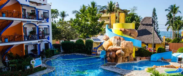 Hotel mar y sol rinc n de guayabitos for Bungalows villas del coral los ayala