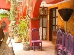 La Casa De Las Coservas Gold, San Miguel de Allende
