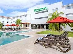 Holiday Inn Express, Playacar