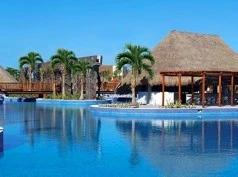 Valentin Imperial Maya, Playa del Secreto