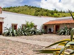 Hacienda Santa María Xalostoc, Tlaxco
