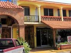 Costa Dorada, Barra de Navidad