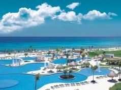 Ocean Breeze Mazatlán
