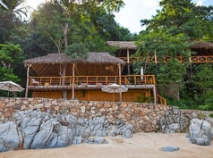 Xinalani Retreat, Quimixto