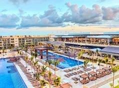 Royalton Riviera Cancún, Puerto Morelos