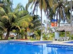 Playa Encantada, Costa Esmeralda