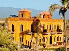 Villa Santa Cruz, Todos Santos