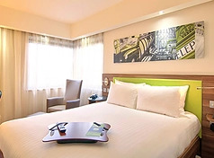 Hampton Inn by Hilton Celaya