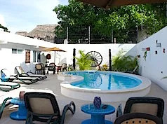 Moloch Hostel & Suites, Cancún