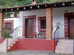 Cabañas Chalamu, Pátzcuaro