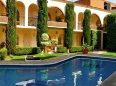 Hotel Y Suites Villa Del Sol, Morelia