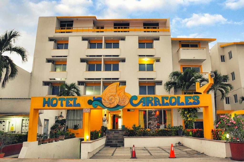 Caracoles, Manzanillo