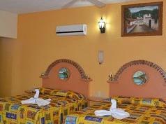 Cactus Inn, Bucerías