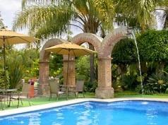 La Casa De Los Patios, Sayula
