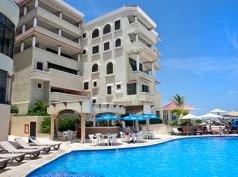 Nyx Cancún