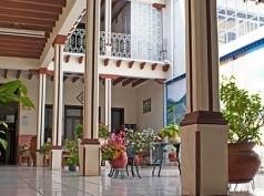 Posada Morelos, Uruapan