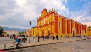 Que hacer en San Cristóbal de las Casas, La Catedral