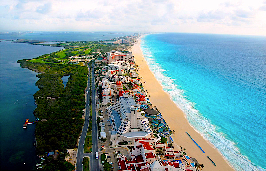 Cheap Hotels in Cancun, Hotel Zone and Downtown