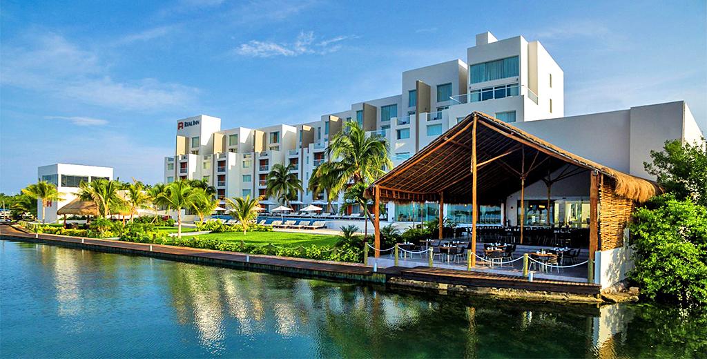 Hotel Barato Real Inn Cancún en la Zona Hotelera de Cancún
